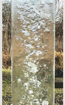 Glasmonument transparant