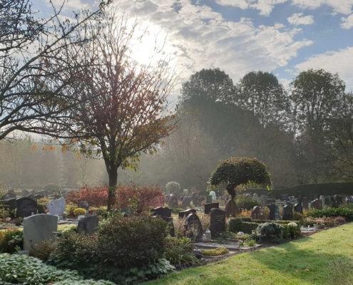 Weerstand Grafmonumenten Begraafplaats Lelystad