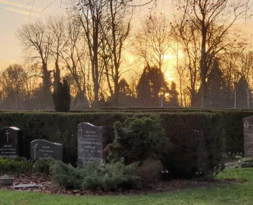 Weerstand Grafmonumenten Begraafplaats in Emmeloord