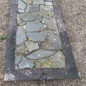 Complete renovatie van een grafmonument